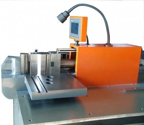 m603-s-b多功能母线加工设备